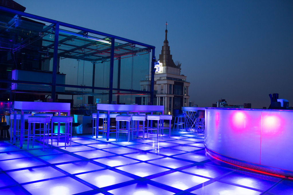 9 Rooftop Bars Lounges That Do Complete Justice To