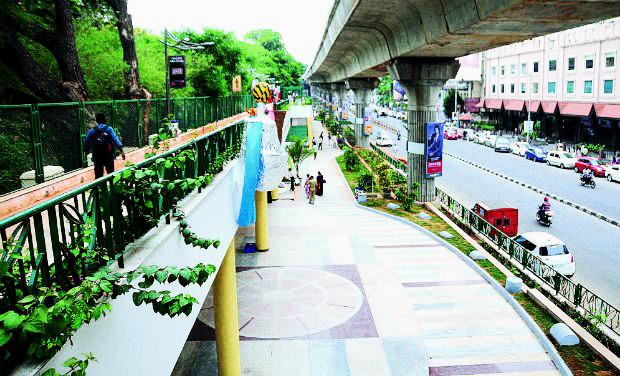 MG_Road_Boulevard_Bangalore_19921